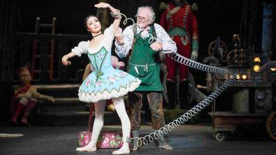 English National Ballet artists Shiori Kase and Michael Coleman in Coppelia