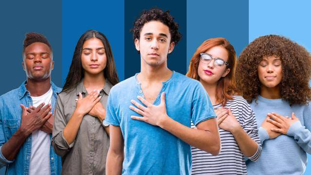 5 people of various ethnicities, holding their hands on their chest, eyes closed, on a blue background.